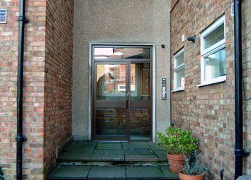 Thumbnail 2 bed flat to rent in Kent Gardens, Ealing