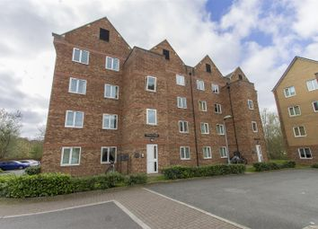 Thumbnail 2 bedroom flat for sale in Tapton Lock Hill, Tapton, Chesterfield