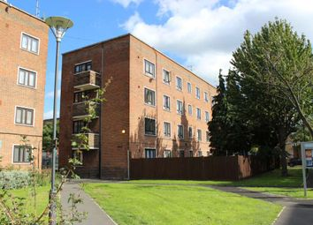 Thumbnail 2 bed flat for sale in Balls Pond Road, London