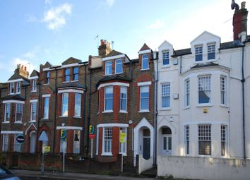 Thumbnail 2 bed flat to rent in Oakhill Road, Putney