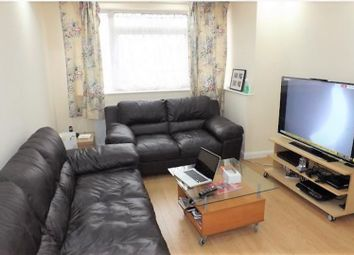 Thumbnail 3 bedroom flat to rent in Westcombe Avenue, Croydon