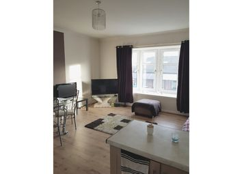 Thumbnail 1 bed flat to rent in London Street, Larkhall