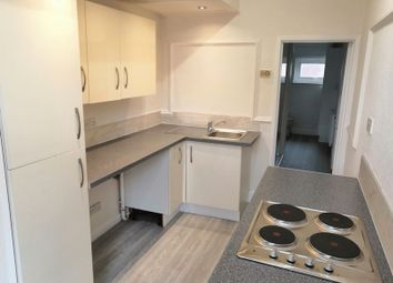 Thumbnail 2 bed flat to rent in Grove Street, Retford