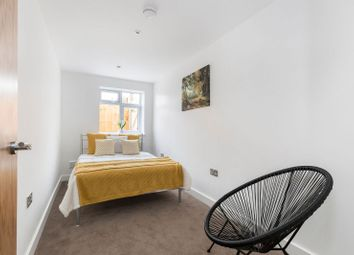 Thumbnail 2 bed flat to rent in Nutfield Road, Merstham, Redhill