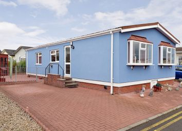 Thumbnail 2 bed mobile/park home for sale in Cuthill Brae, Willow Wood Residential Park, Stoneyburn, West Lothian