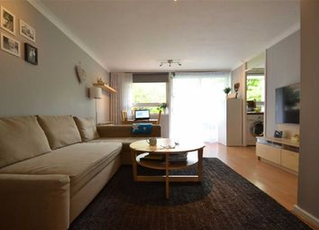 Thumbnail 1 bed flat to rent in Leith Towers, Grange Vale, Sutton