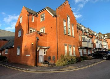 3 bed town house for sale in Greensleeves Drive, Clements Park, Brentwood CM14