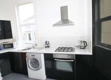 2 bed flat to rent in Hartley Ave, Plymouth PL3