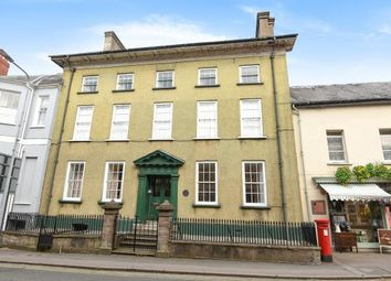 2 bed flat to rent in The Struet, Brecon LD3