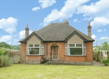 Thumbnail 3 bed detached bungalow to rent in Mays Lane, Barnet