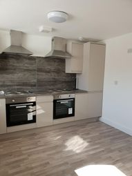 Thumbnail 6 bed flat to rent in Derby Street, Bolton