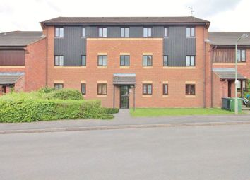 Thumbnail 1 bed flat to rent in Roebuck Court, Didcot