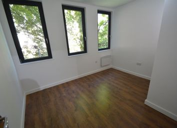 Thumbnail 2 bedroom flat to rent in Touthill Place, City Road