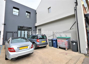 Thumbnail Warehouse to let in Canham Road, London