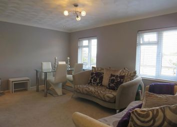Thumbnail 2 bed flat for sale in Barnet Way, Hove