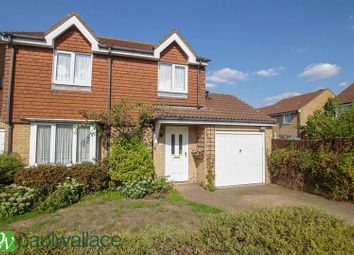 Thumbnail 4 bed link-detached house for sale in Felton Close, Broxbourne