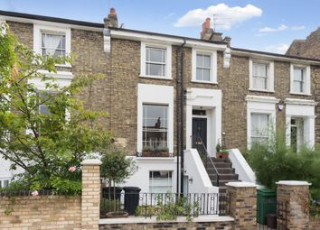 2 bed maisonette for sale in Marquis Road, Camden, London NW1