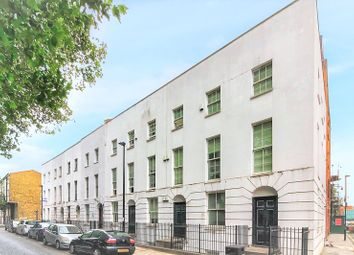 3 bed maisonette to rent in Cavell Street, Whitechapel, London E1