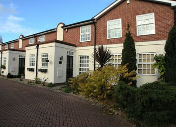 Thumbnail 2 bed town house to rent in Belgrave Court, Bawtry, Doncaster