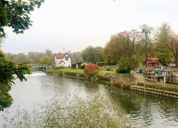 Thumbnail 3 bed cottage to rent in Lock Approach, Goring