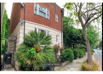 Thumbnail 1 bed flat to rent in Langley Lane, London