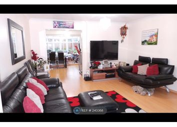 Thumbnail 6 bed semi-detached house to rent in Lind Close, Reading