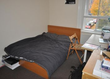 3 bed flat to rent in Clarendon Road, University, Leeds LS2