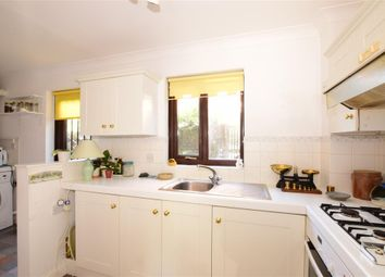 2 bed property for sale in Hylton Road, Petersfield, Hampshire GU32