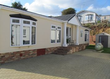 Thumbnail 2 bed mobile/park home for sale in Castle Drive, Pilgrims Retreat (Ref 5430), Harrietsham, Kent