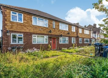 Thumbnail 2 bed flat to rent in Bensham Manor Road, Thornton Heath