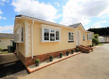 Thumbnail 2 bed mobile/park home for sale in Layters Green Lane, Chalfont St Peter, Gerrards Cross
