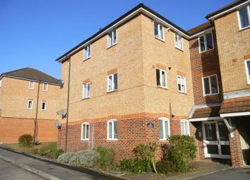 2 bed flat to rent in Timor Close, Whiteley, Fareham PO15
