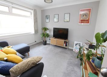 2 bed maisonette to rent in Dulwich Gardens, Llandaff, Cardiff CF5