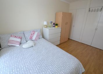 Thumbnail Room to rent in Brownfield Street, London