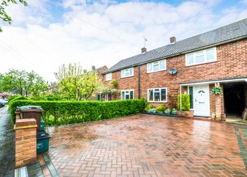 Thumbnail 3 bed terraced house for sale in Birchwood Way, Park Street, St. Albans