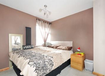Thumbnail 3 bedroom end terrace house for sale in Birchway, Hayes