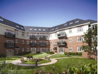 Thumbnail 2 bed flat for sale in Chelmsford Road, Southgate