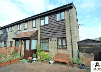 Thumbnail 1 bed terraced house for sale in Cornerside, Ashford