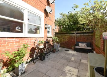 Thumbnail 2 bed flat to rent in Hazeley Road, Twyford, Winchester, Hampshire