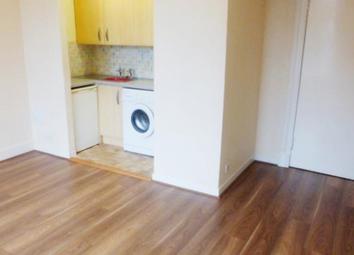 Thumbnail 2 bed flat to rent in Wedderburn Street, Dundee