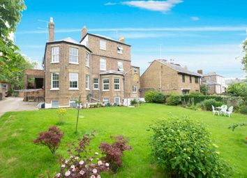 Thumbnail 1 bed flat to rent in Dover Road, Walmer