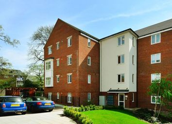 Thumbnail 2 bed flat to rent in Chalfont Road, London