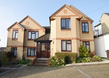 2 bed flat to rent in Donkin Hill, Caversham, Reading RG4