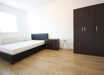 Thumbnail 1 bed town house to rent in Kelly Avenue, Camberwell, London