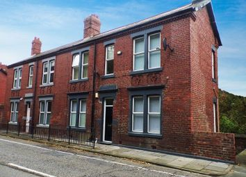 Thumbnail 1 bed flat to rent in Killingworth Road, South Gosforth