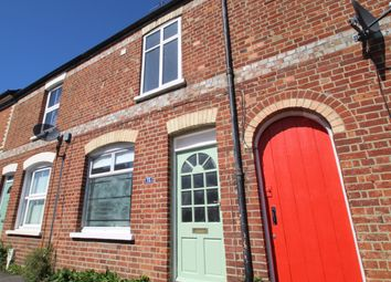Chinnor Road, Thame, Oxford, Oxfordshire OX9. 2 bed terraced house