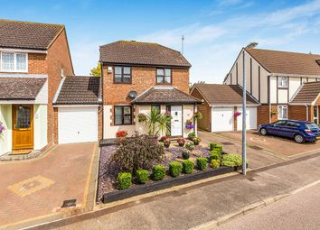 Thumbnail 3 bed detached house for sale in Hayfield, Stevenage