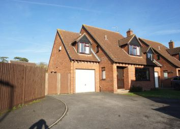 Thumbnail 4 bed detached house for sale in Dellfield, Oakley, Hampshire