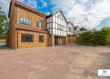 Thumbnail 6 bed detached house for sale in Meadow Way, Chigwell