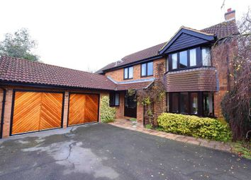 Thumbnail 5 bedroom detached house for sale in Foxborough, Swallowfield, Reading